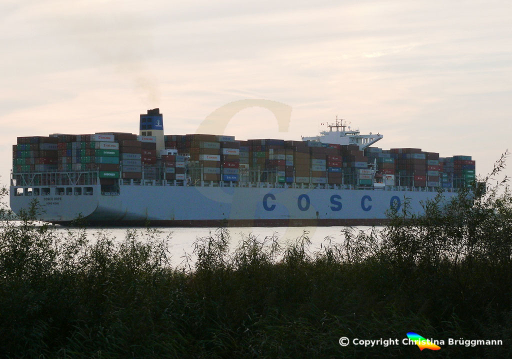 "Containerschiff ""COSCO HOPE""Elbe 07.2013, BILD 6"