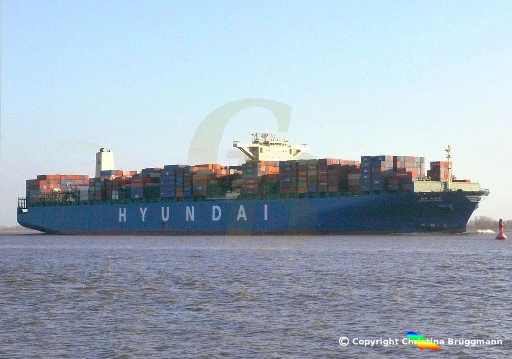 "Containerschiff  ""HYUNDAI SMART""  Elbe  09.02.2015, BILD 4"