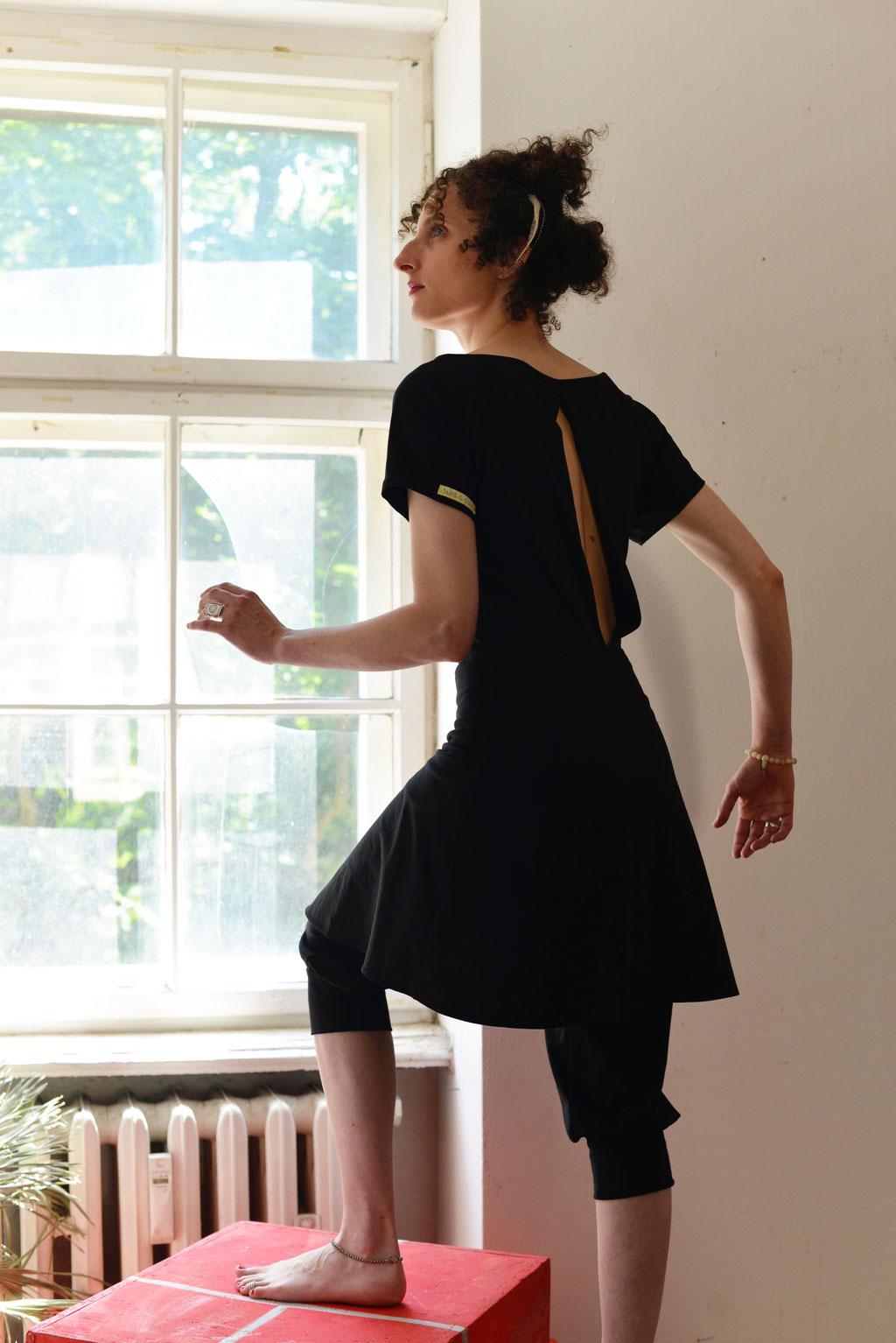 Kleid BIO-Leeloo + Hose BIO-Elani: Bio-Baumwolle, Jersey