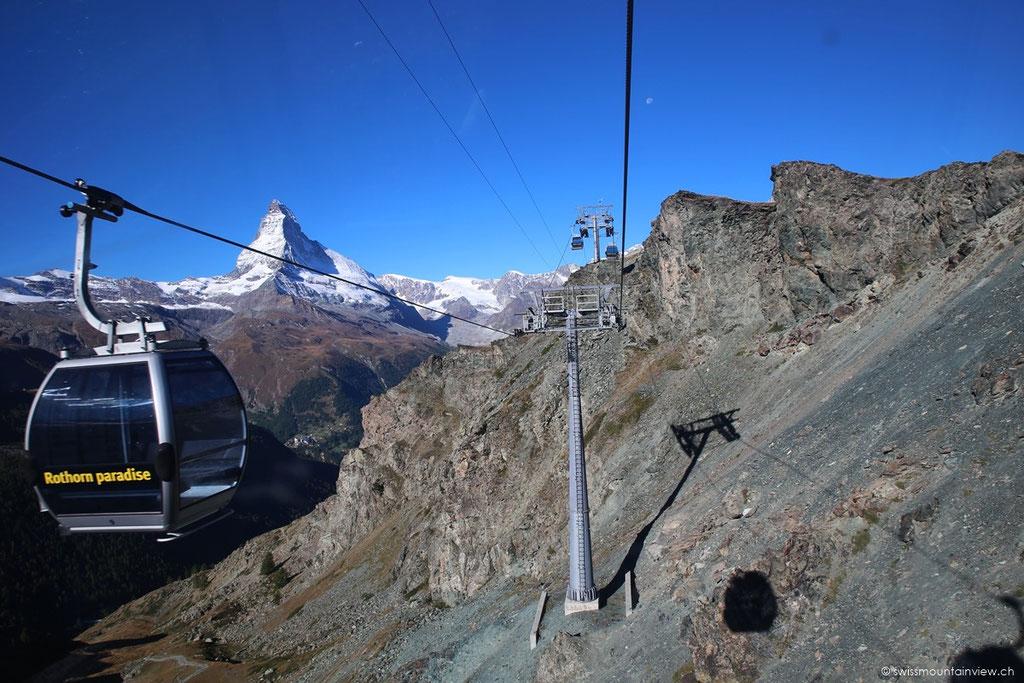 Von Sunnegga geht es mit der Gondel hoch nach Blauherd.