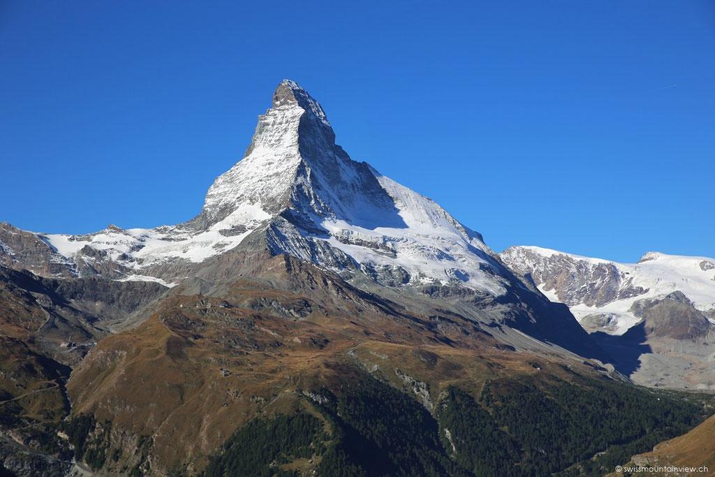 Mit der unterirdischen Standseilbahn erreicht man in nur 3 Minuten Sunnegga (2288 m ü. M.)