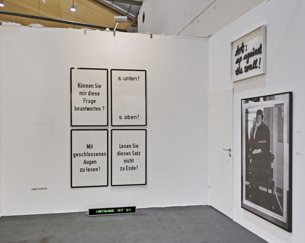 Timm Ulrichs, Brigitte March ICA, art Karlsruhe 2020 © traegerfoto