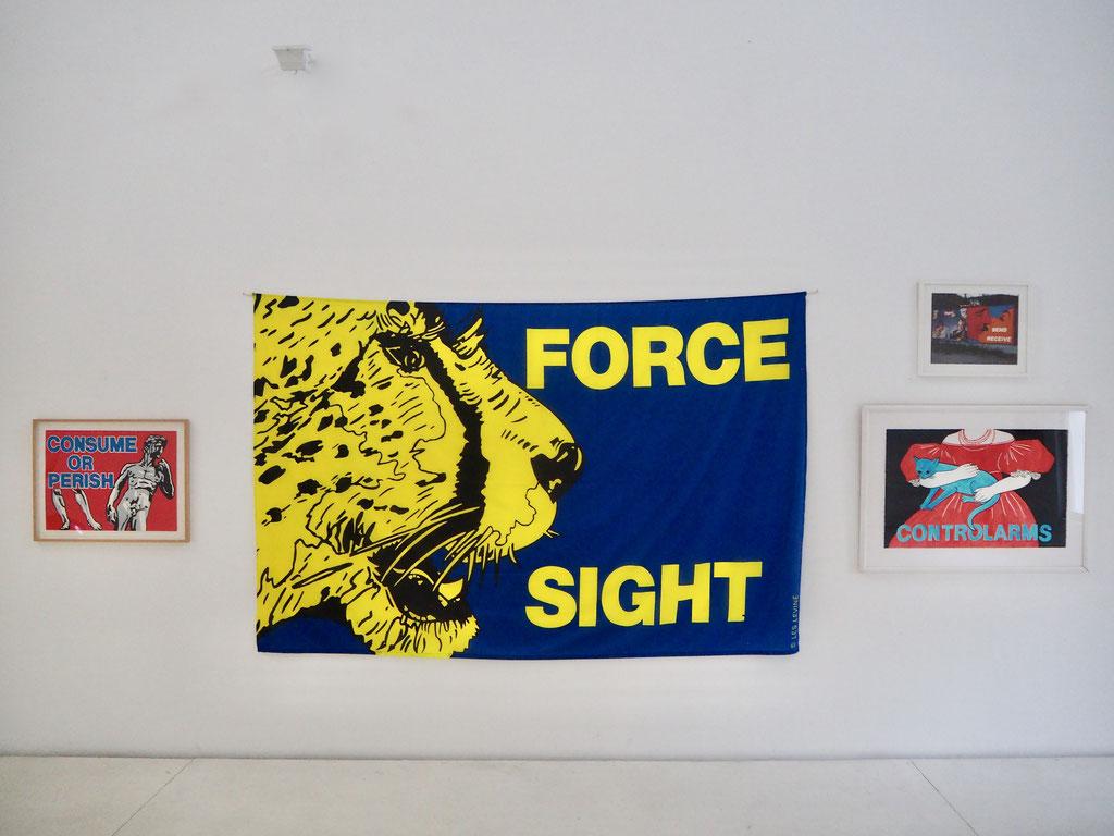 Les Levine, FORCE SIGHT, 1992 exhibition view S Y S T E M S   E S T H E T I C S  © Jack Burnham 1968 © Brigitte March ICA Stuttgart
