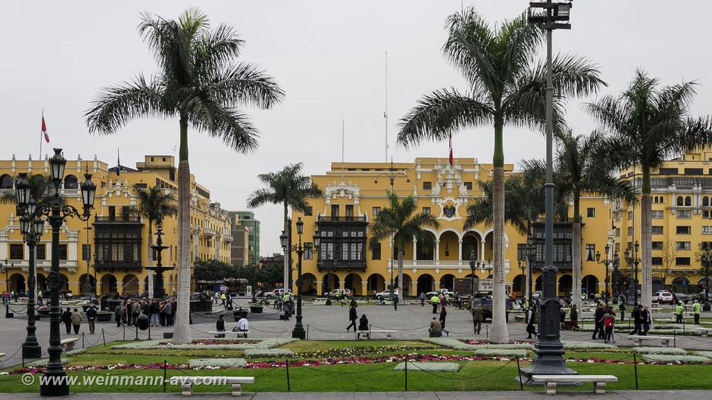 Lima, Placa de Armas