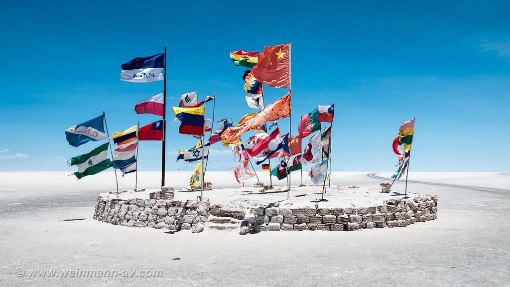 Mitten auf dem Salar de Uyuni