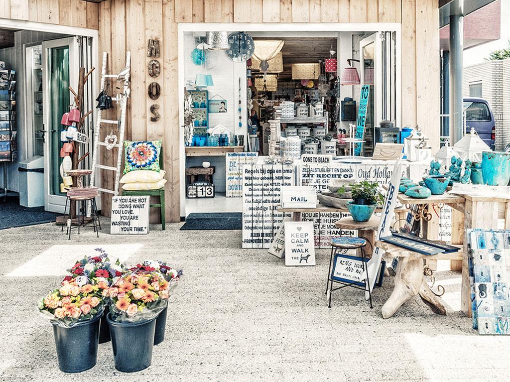 """""""Käufliche Weisheiten"""" : Shop in Callantsoog - Nord-Holland"""