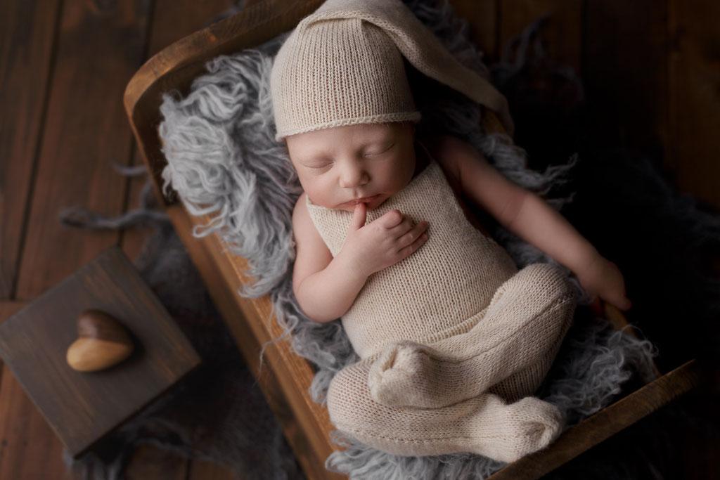 Neugeborenen Fotografie Hanau Frankfurt Wiesbaden Gelnhausen Newborn Shooting