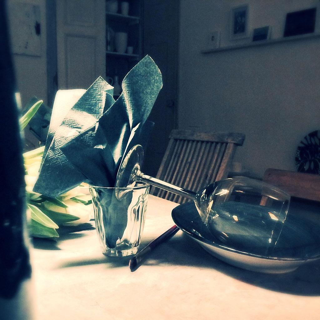 Keramik schön gedeckter Tisch im hej in Düsseldorf Flingern