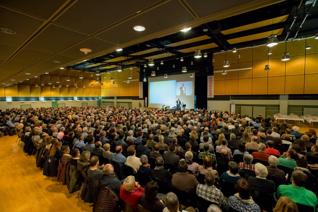 Motivationsredner am Raiffeisenforum in Brig