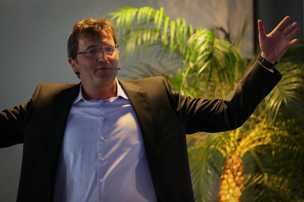 world record holder and motivational keynote speaker Redner   Referent   Keynote Speaker   Gastredner   Mut + Motivation: Marc Hauser, erfolgswelle® AG (Foto Eve Kohler)