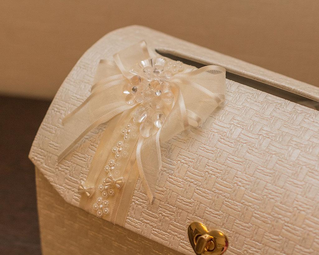 Сундучок для денег на свадьбу