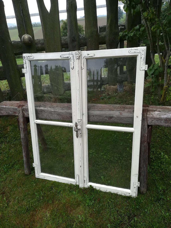 Alte Fensterrahmen - shabbychic-alfreds Webseite!