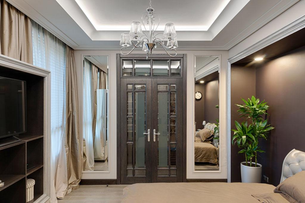 Дизайн интерьера большой спальни. Вид 1