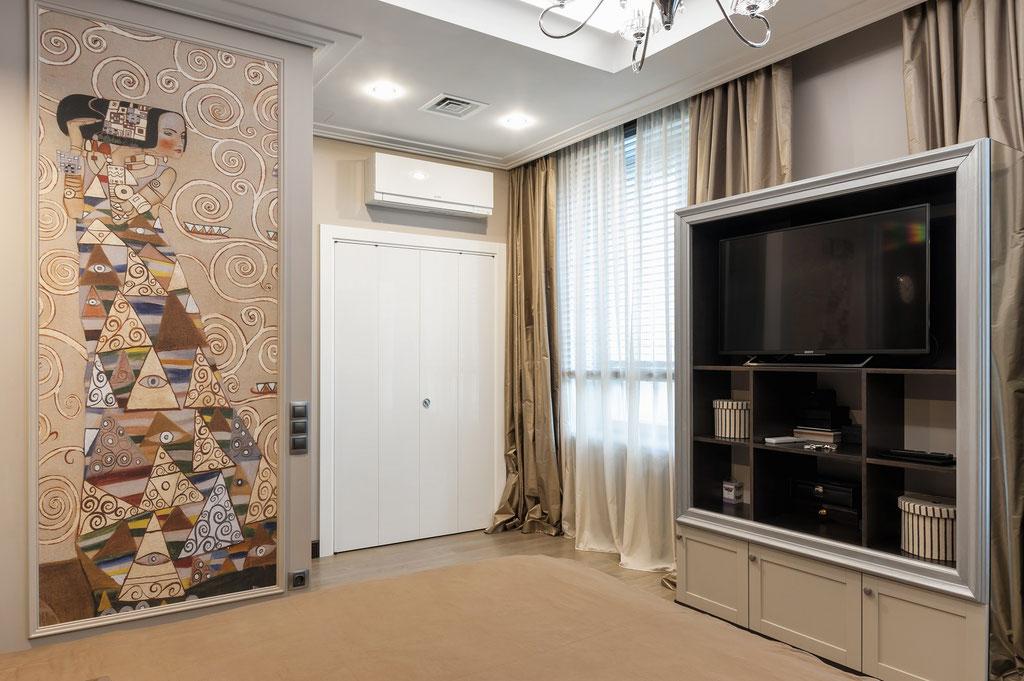 Дизайн интерьера большой спальни. Вид 2