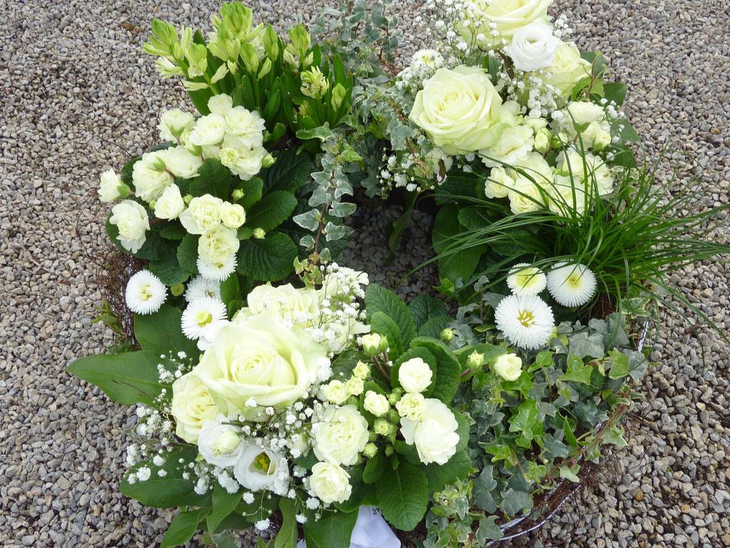 Pflanzkranz, weiß-grün