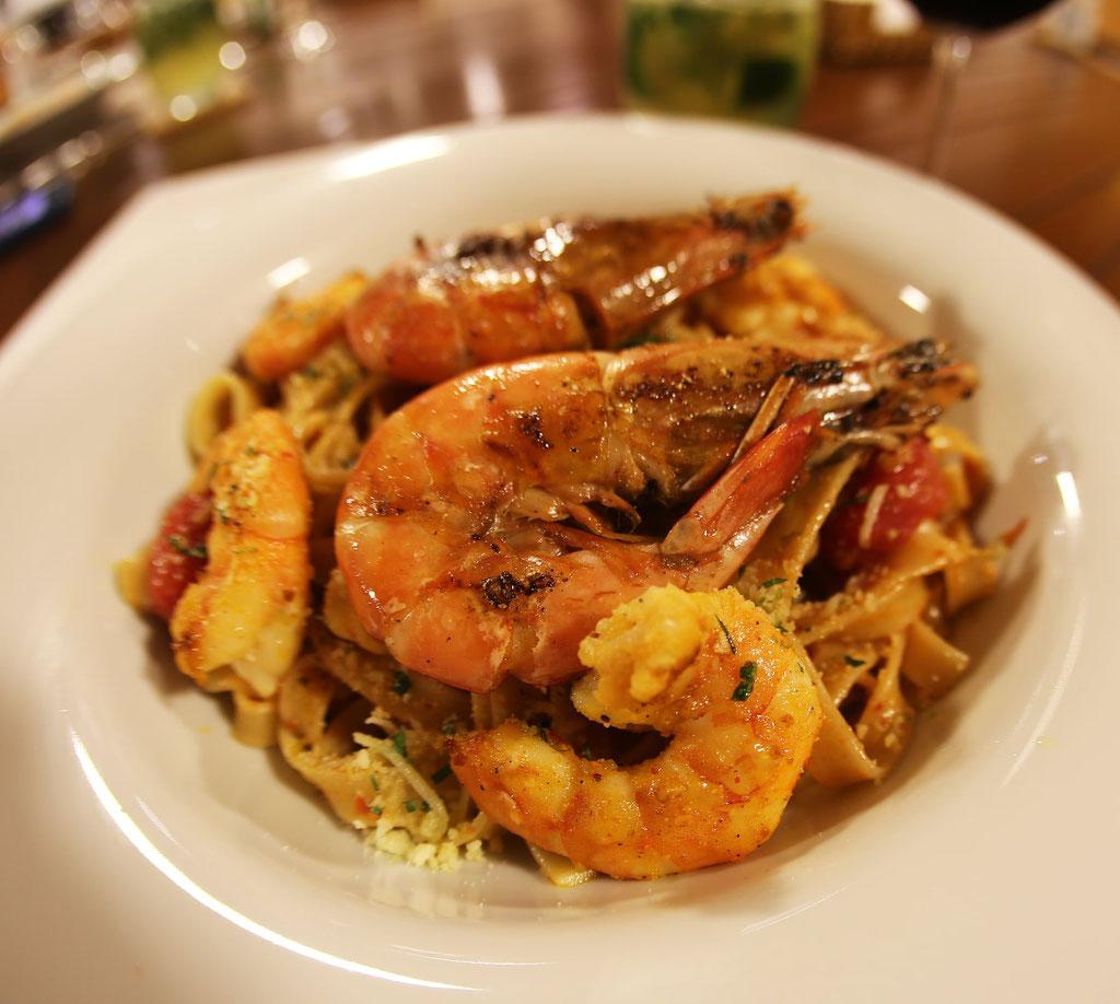 FFTC.club - Untamed Angling Brazil - Marie Rio de Gigantes - Untamed Amazon Vessel - Food Shrimps