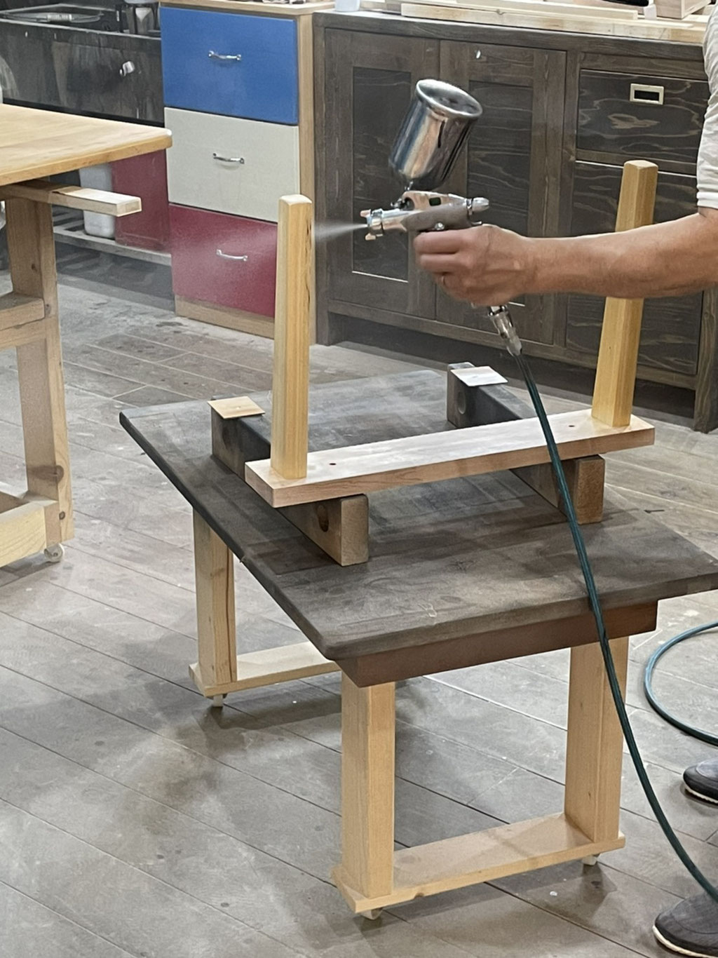 家具リフォーム・塗装作業