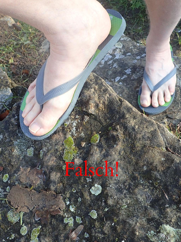 Falsch: Mit Sandalen auf dem Tafelberg unterwegs.