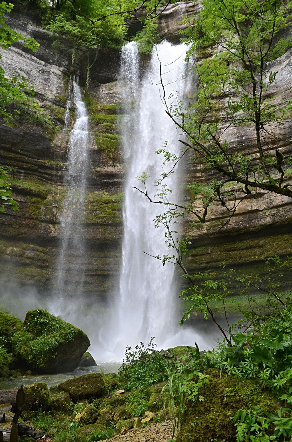 Grande cascade du site de Consolation    - Doubs -