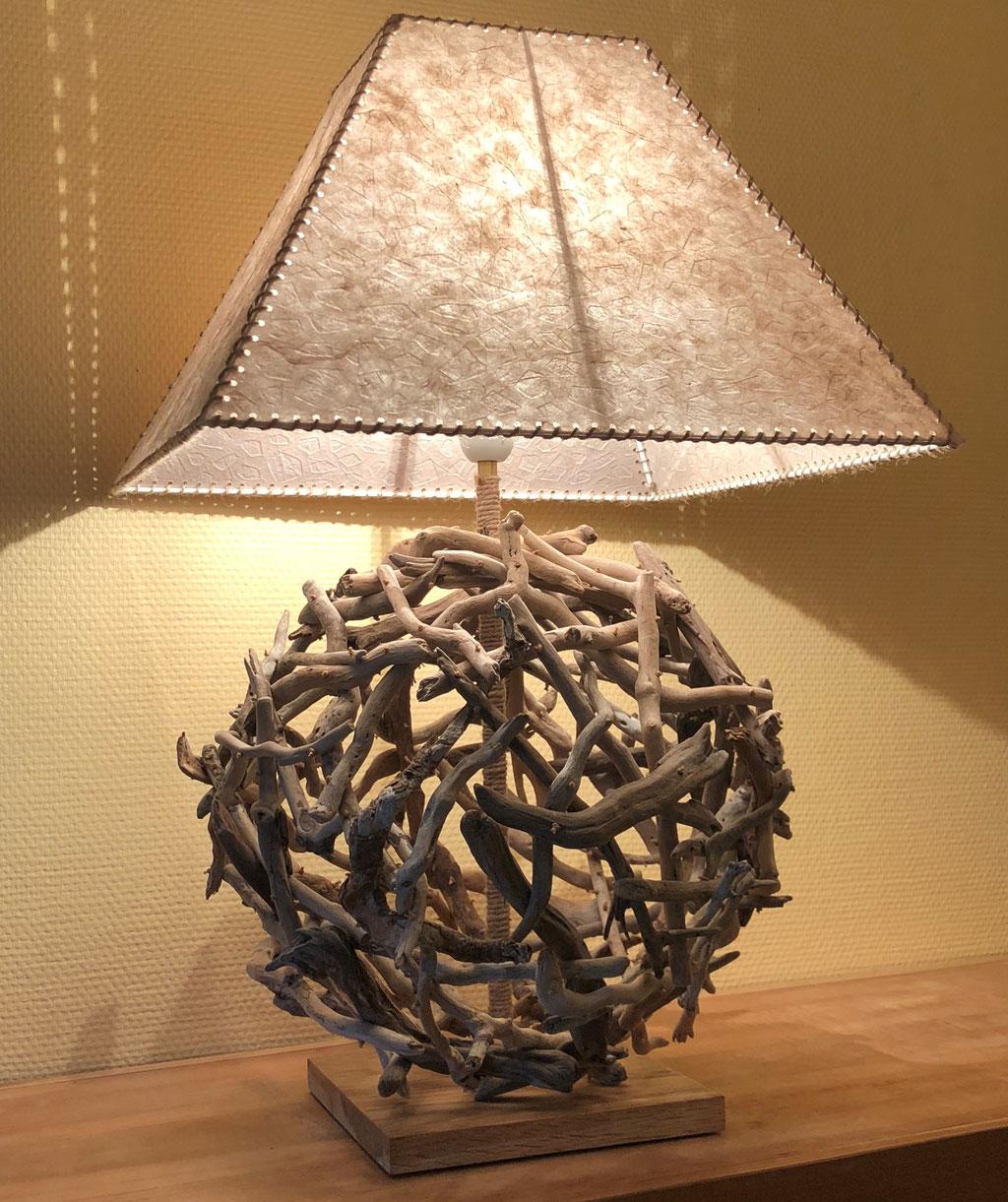 Lampe en bois flotté Diva