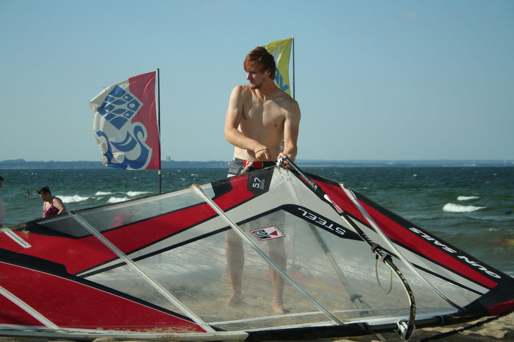Bild:Windsurfen Niendorf