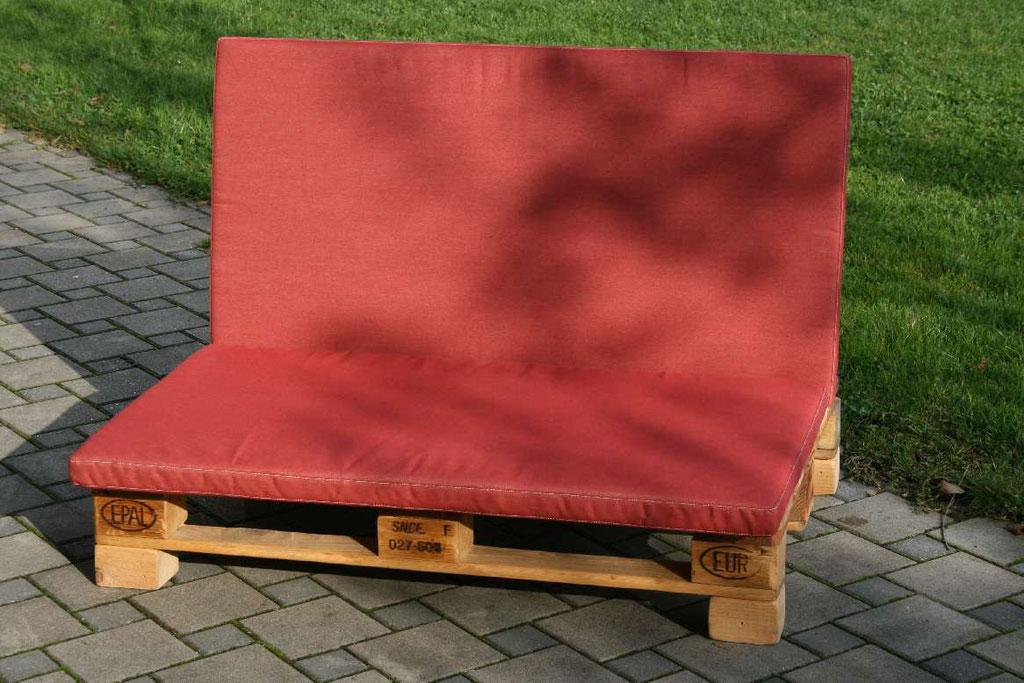 Canapé fait de palettes