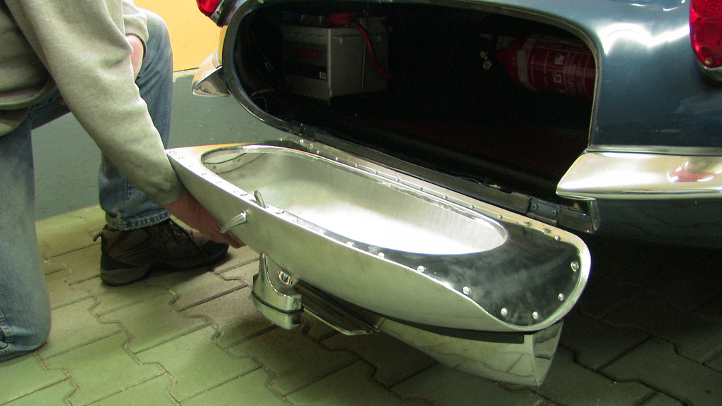 Aluminium Heckklappe Jaguar XKSS handgefertigt Blechklopfer Feinblechner W. Schröder Blechbearbeitung Blechformtechnik
