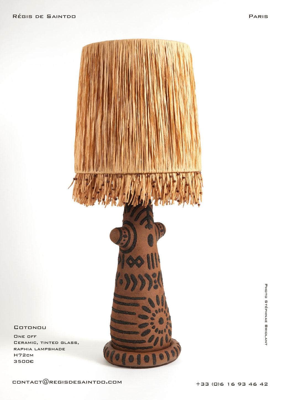 Lampe Cotonou - céramique et verre de couleur, abat-jour en raphia - fait main-unique