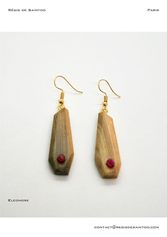 ©Régis de Saintdo-boucles d'oreilles-bois de cerisiser-Agathes-fait main