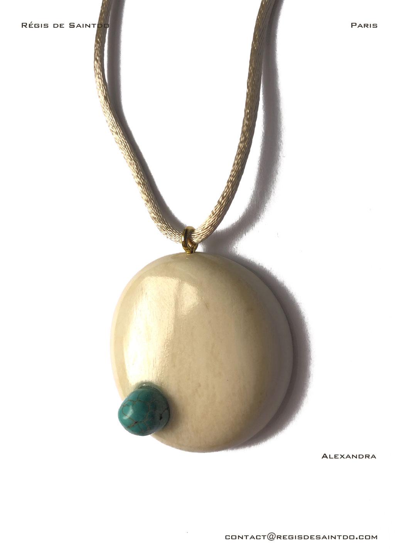 ©Régis de Saintdo-Pendentif-os-lapis lazuli-fait main