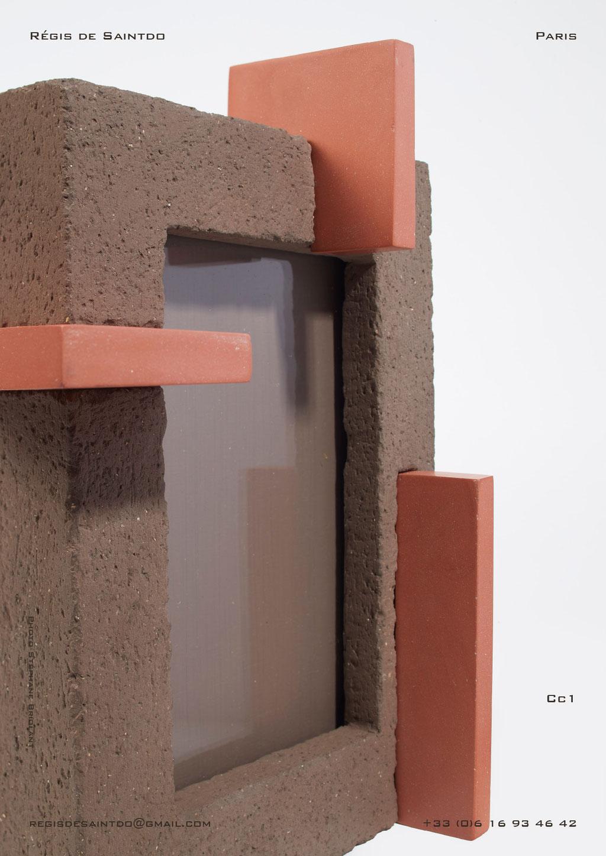 Cadre-Cc1-Céramique-brune-brute-rouge-polie-fait-main-détail