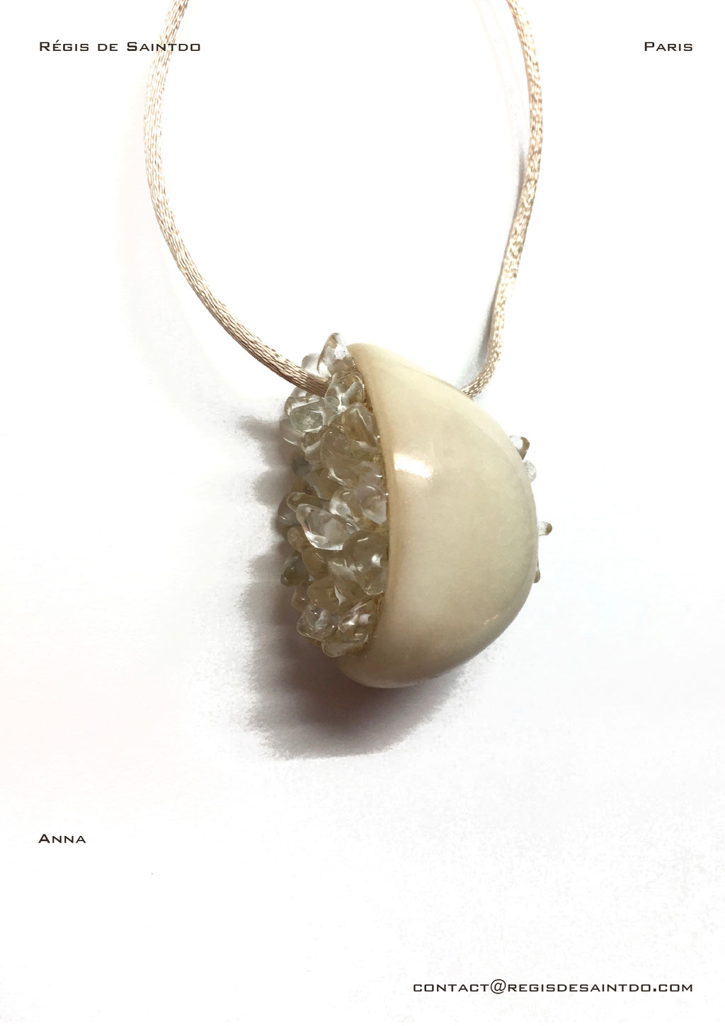©Régis de Saintdo-pendant-bone-gold leaf-rock crystal-hand made