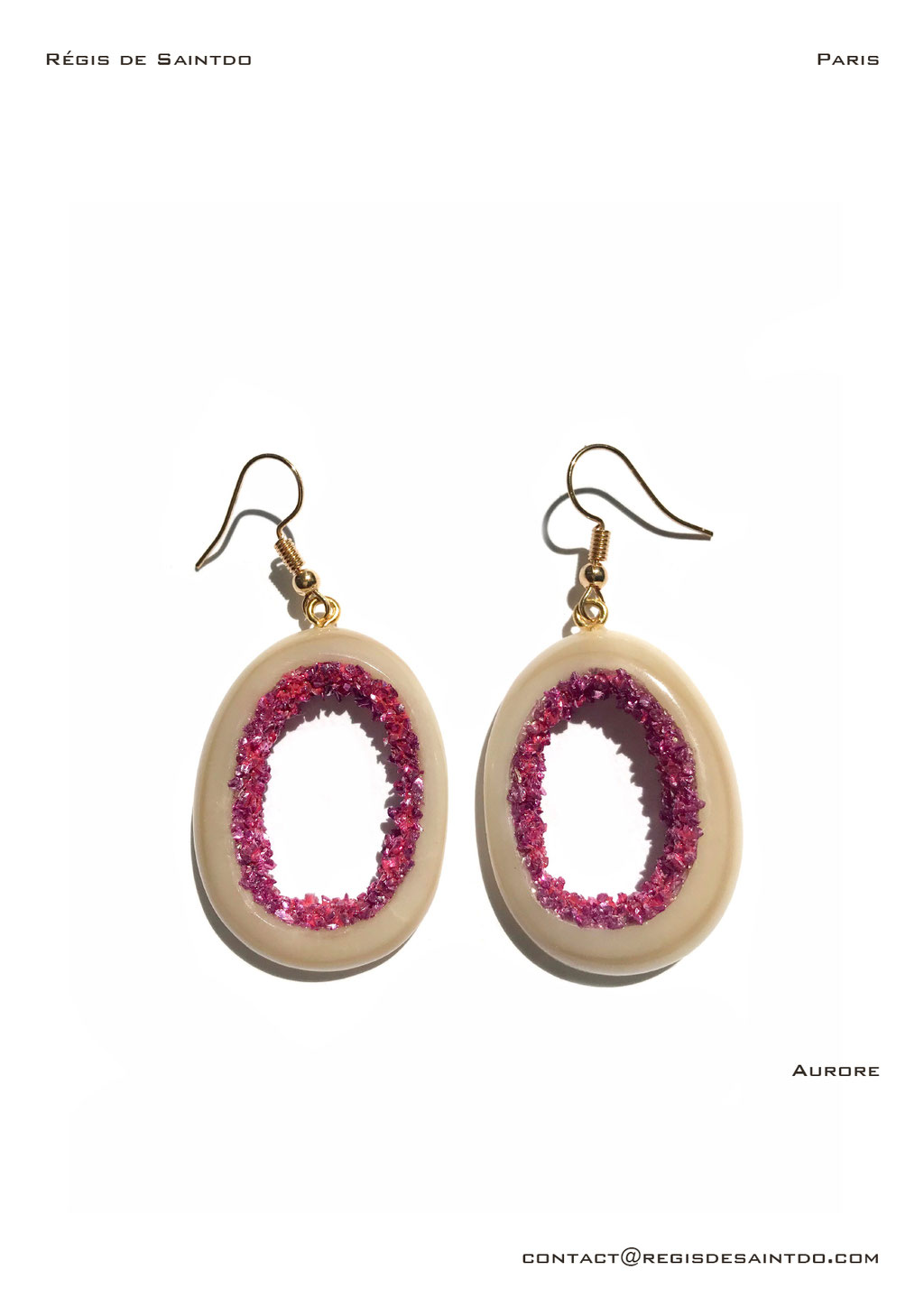 ©Régis de Saintdo-earings-bone-tinted glass-hand made