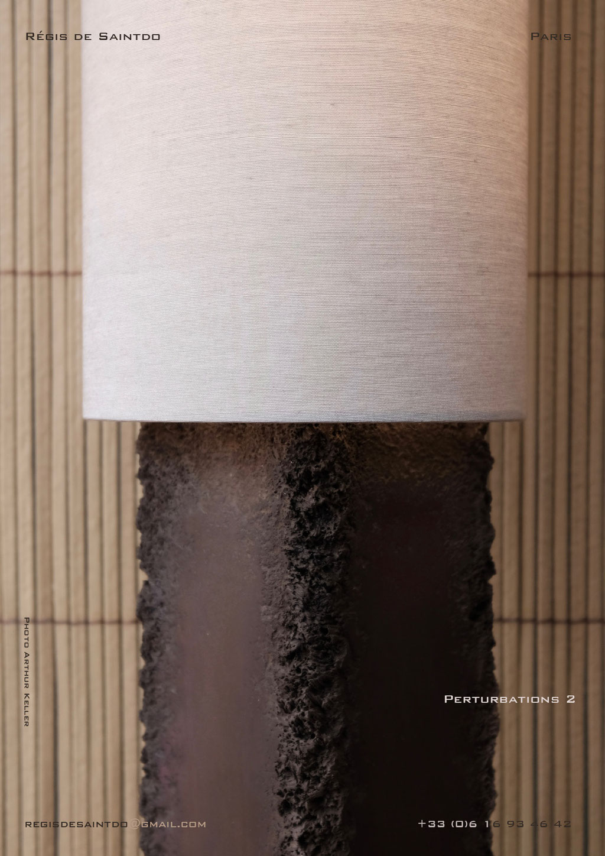 Lampe-perturbations-1-céramique-brune-brute-polie-faite-main-unique