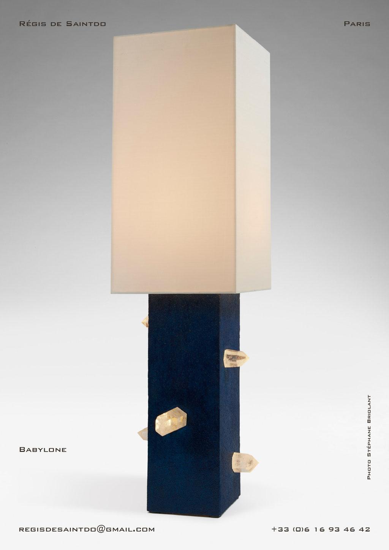 Lampe-Babylone-céramique-bleue-brute-cristaux-faite-main-unique