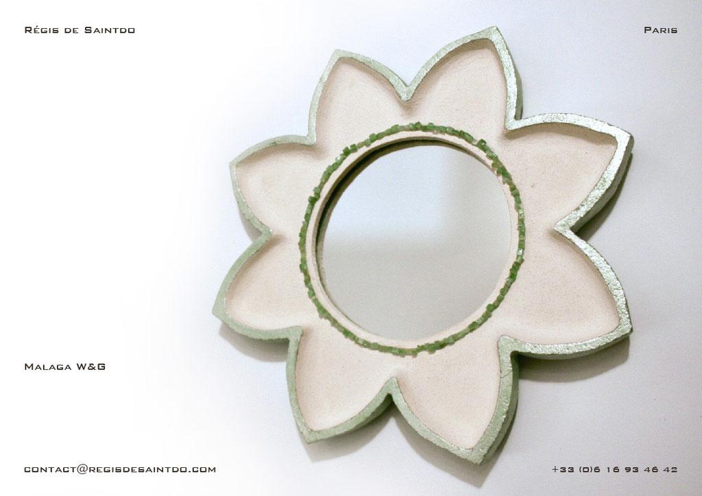 Miroir Malaga en céramique-fait main-feuille d'aluminium teintée verte-agathes vertes