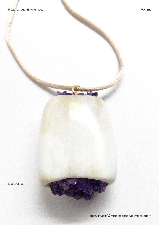 ©Régis de Saintdo-pendant-bone-amethyst-hand made