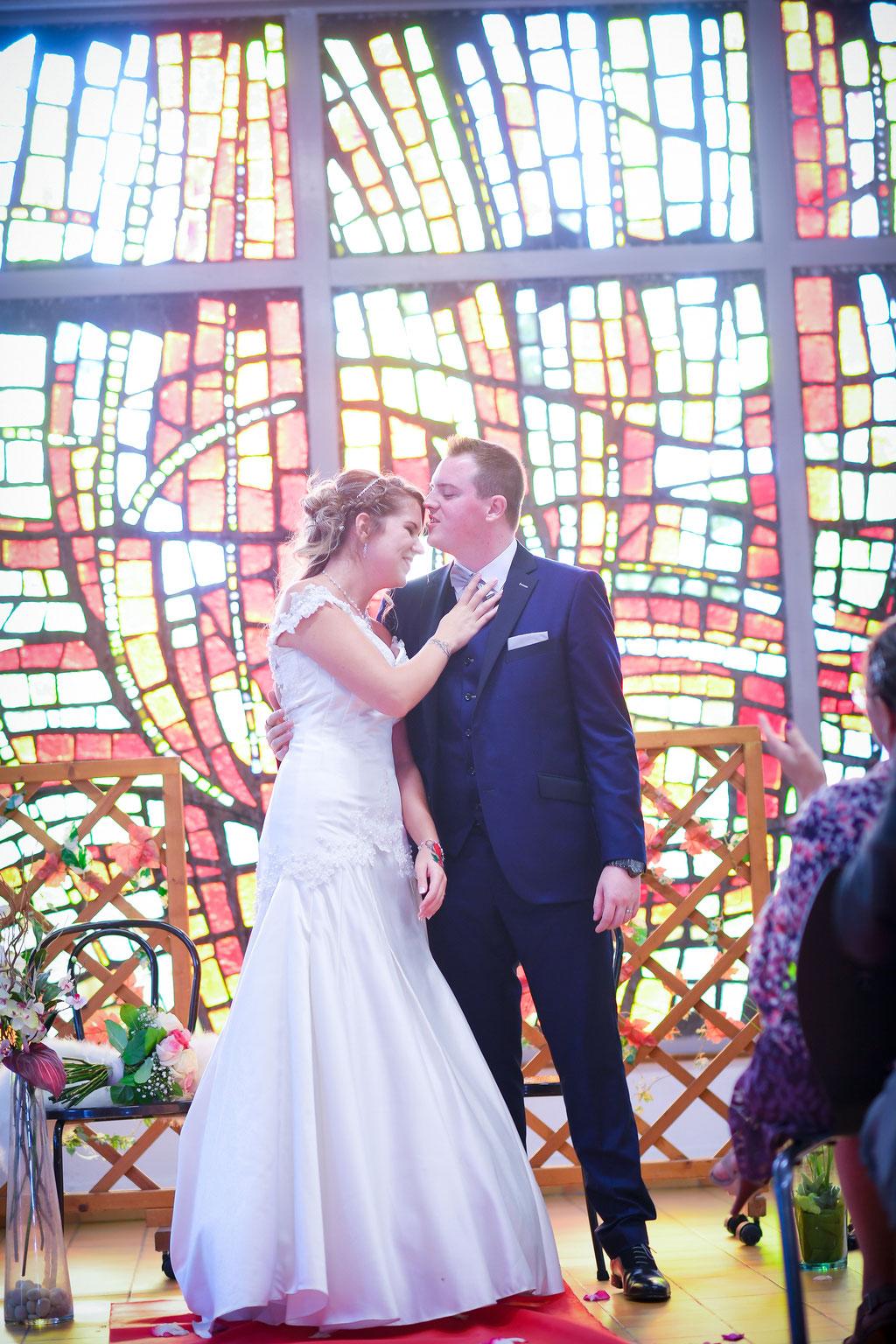 Cérémonie laïque de mariage by Charlotte Vilain / Crédit photo Something Pink Studio