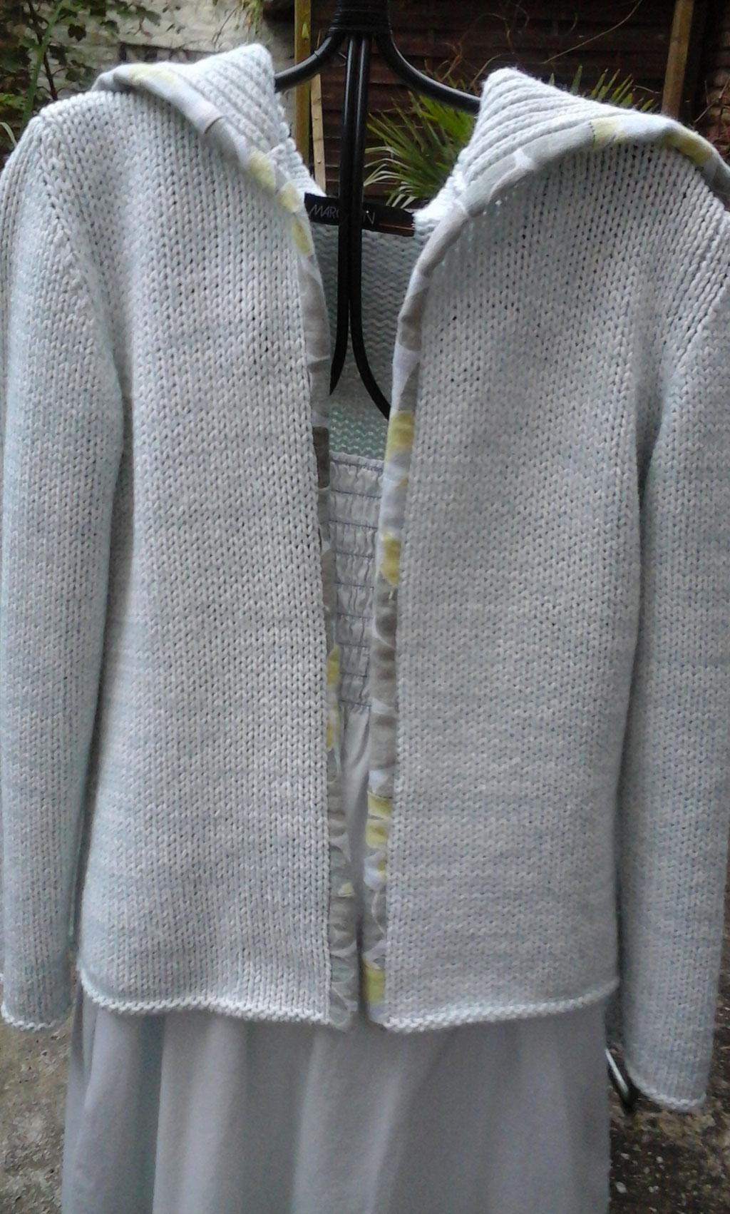 Pullover wird zur passenden Weste, verkauft, Idee und Ausführung: Beate Gernhardt