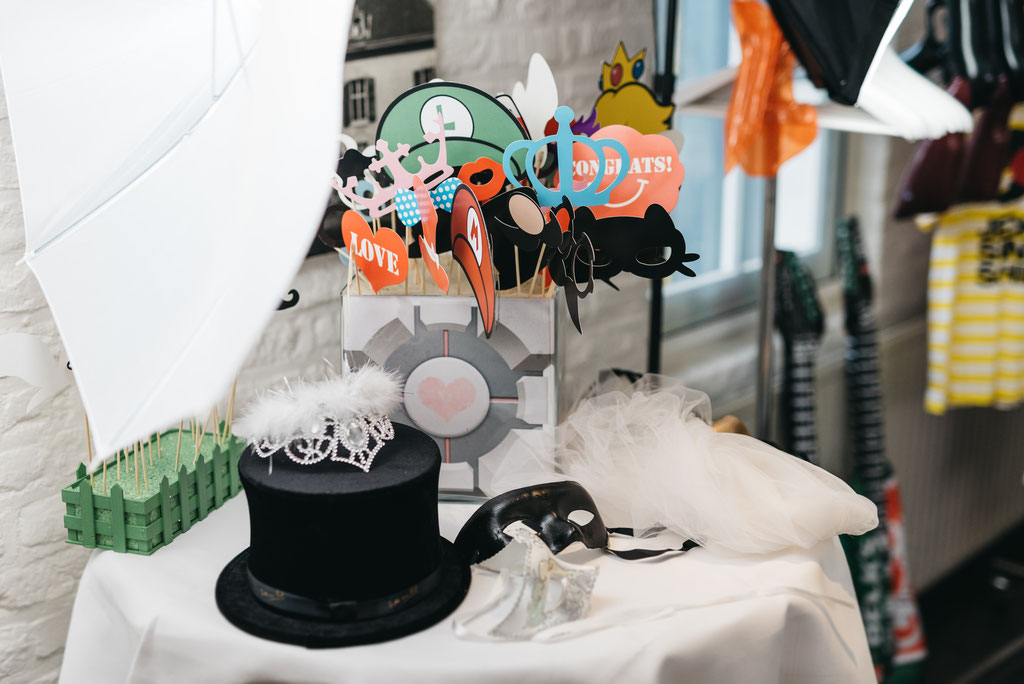 "<img src=""Herzenssache, Hochzeitsplanung, Hochzeitsagentur, NRW, Aachen, RLP, Koblenz, Bonn, Köln, Neuwied"" alt=""Herzenssache, Hochzeitsplanung, Hochzeitsagentur, NRW, RLP, Bonn, Aachen, Köln, Koblenz, Neuwied"">"