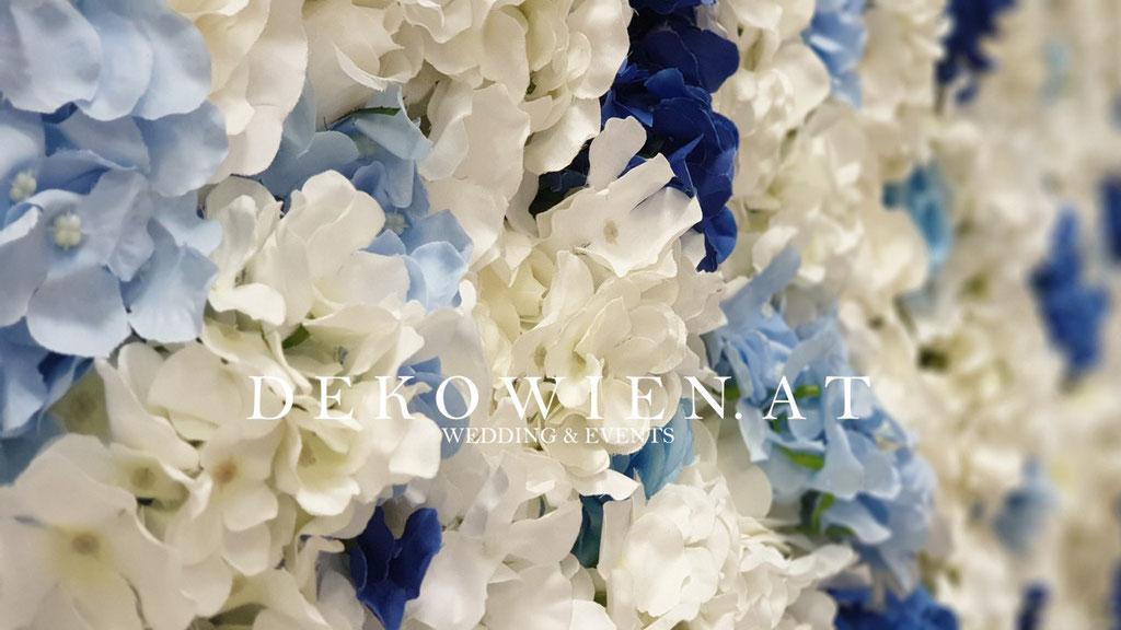 Seiden- Blumenwand mieten hellblau- dunkelblau