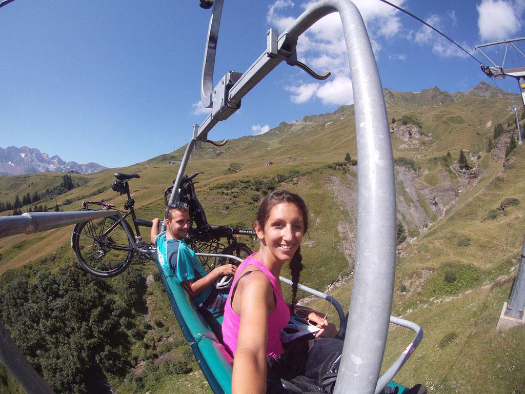 Premier transport de notre vélo: le télésiège
