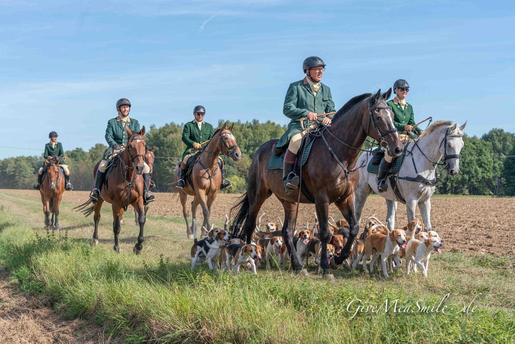 Tag der Jagd, Weiherhof, Jagdfotos, Schleppjagdfotos, Givemeasmile.de, Peter Jäger