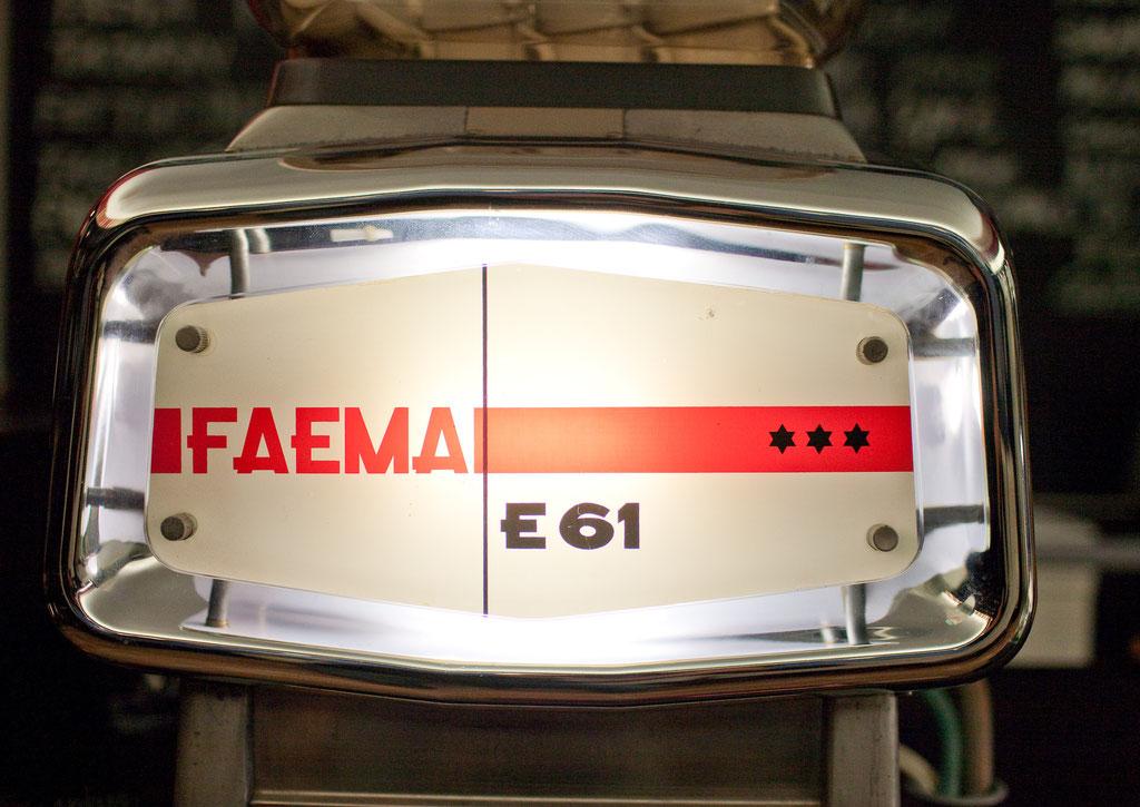 Unsere Kaffemaschine eine echte Faema E61