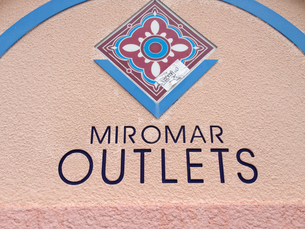 Miromar Outlets in Fort Myers, Estero, Florida. Das Shopping-Paradies für Einkaufstouristen