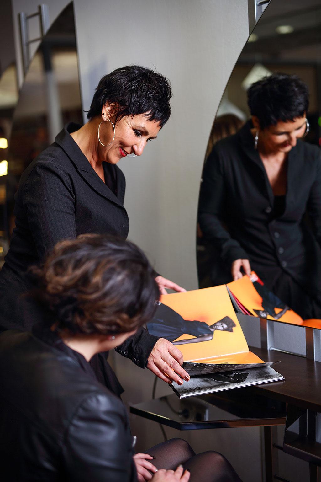 Friseursalon_Aufnahmen_Portrait_Business_Dortmund_Fotografin Julia Neubauer