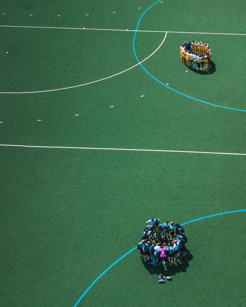 Luftbild Hockeyspiel