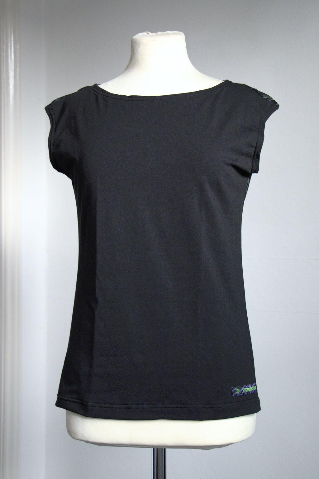 Custom belt bags and summer tops - black shirt front - Zebraspider Eco Anti-Fashion