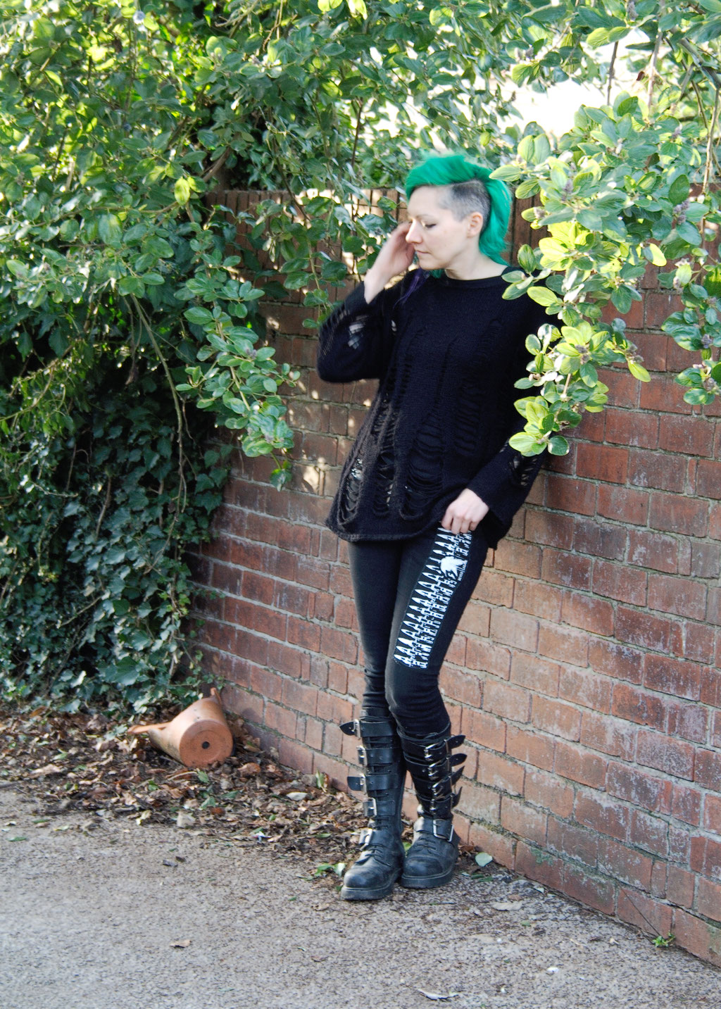 Outfit with altered second-hand pieces - holey knit jumper + patched skinny jeans + buckle boots - Zebraspider Eco Anti-Fashion Blog