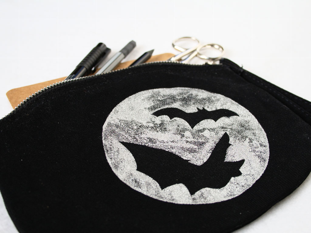 New tops, arm warmers and pouches - Moon Bats organic canvas zipper pouch - Zebraspider DIY Anti-Fashion Blog